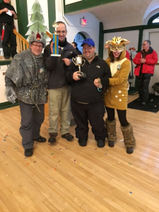Kiwanian Animals Accept Parade Trophies!